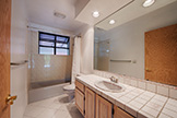 411 Grayson Ct, Menlo Park 94025 - Bathroom (A)