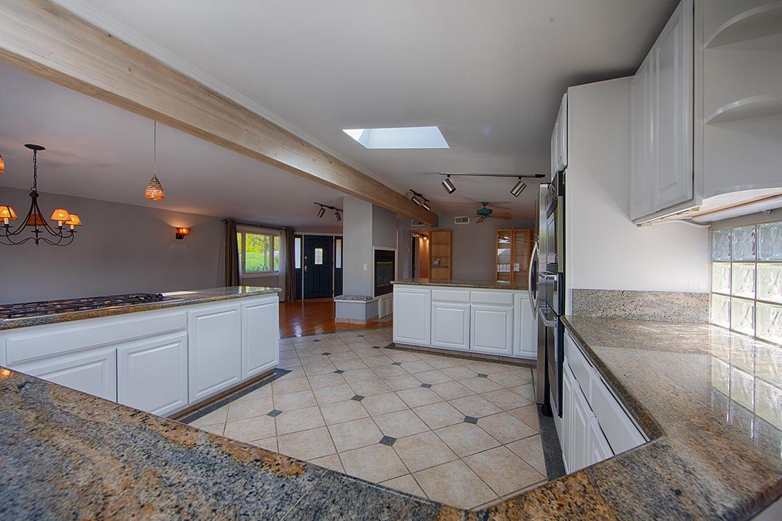 Kitchen (C) - 2311 Jewell Pl