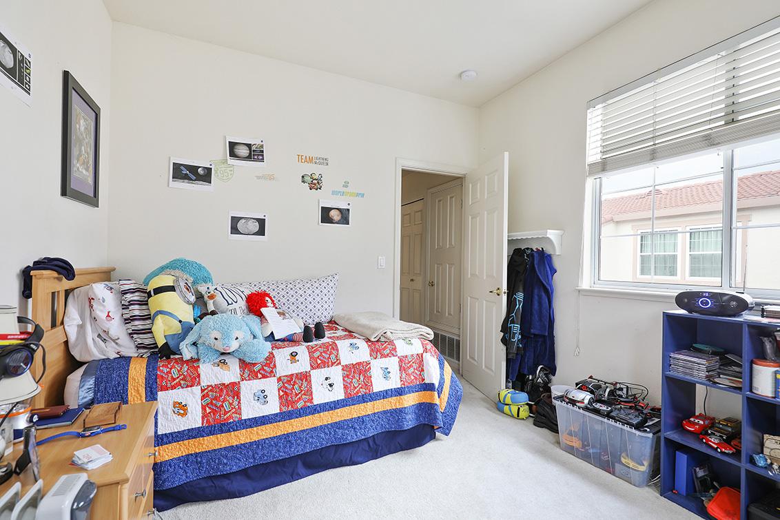 Bedroom 2 (C) - 2270 Lenox Pl