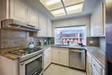Kitchen (B) - 3283 Lindenoaks Dr, San Jose 95117