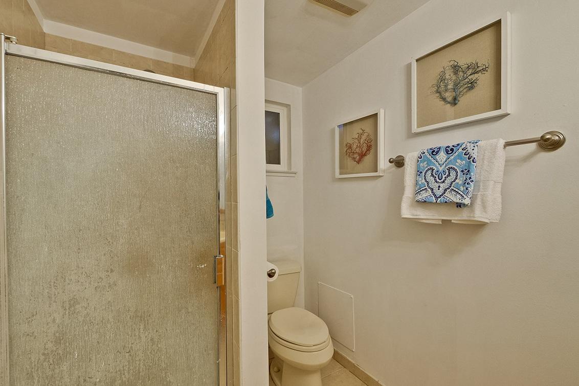 Master Bathroom (C)