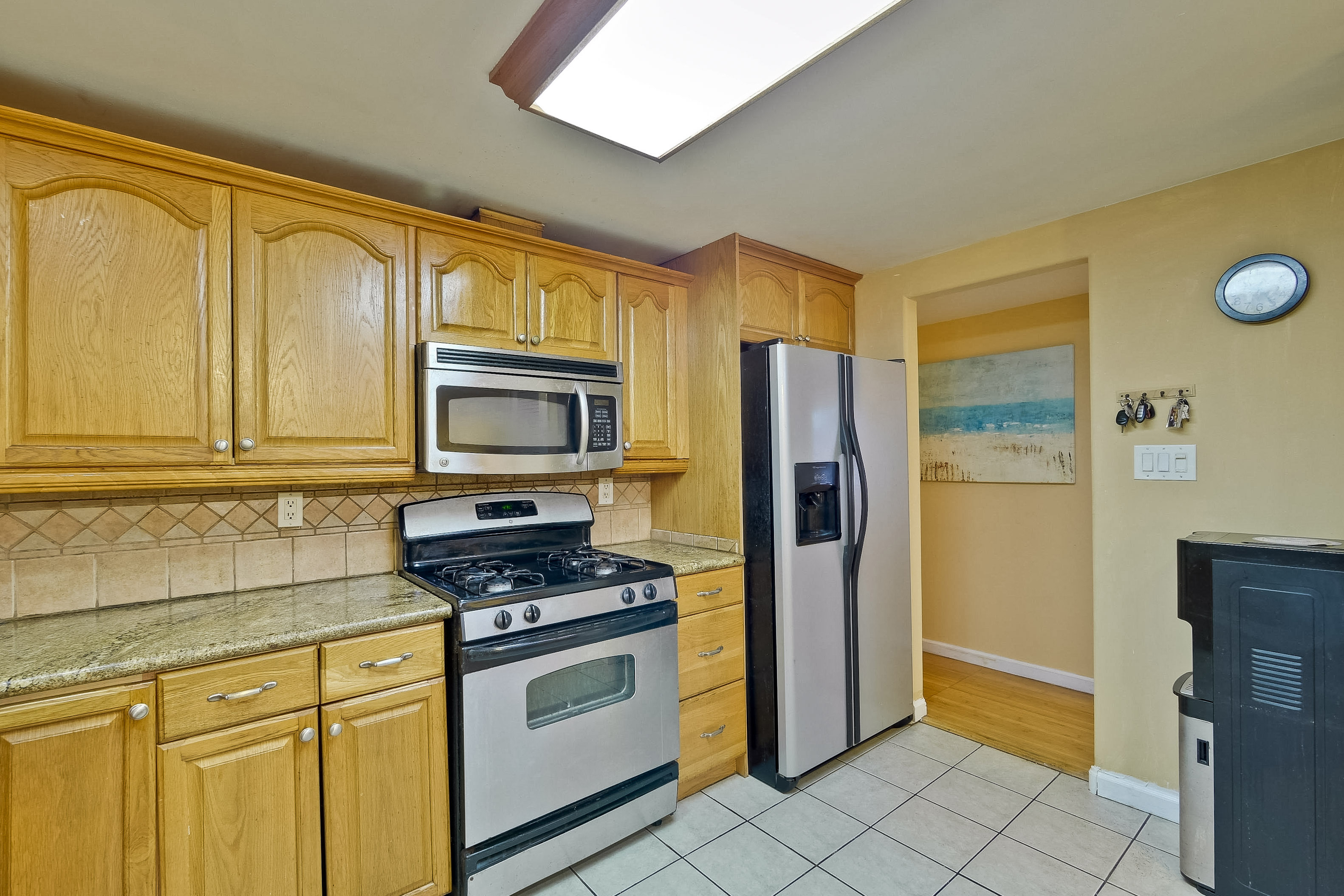315 Meadowlake Dr, Sunnyvale 94089 - Kitchen (C)