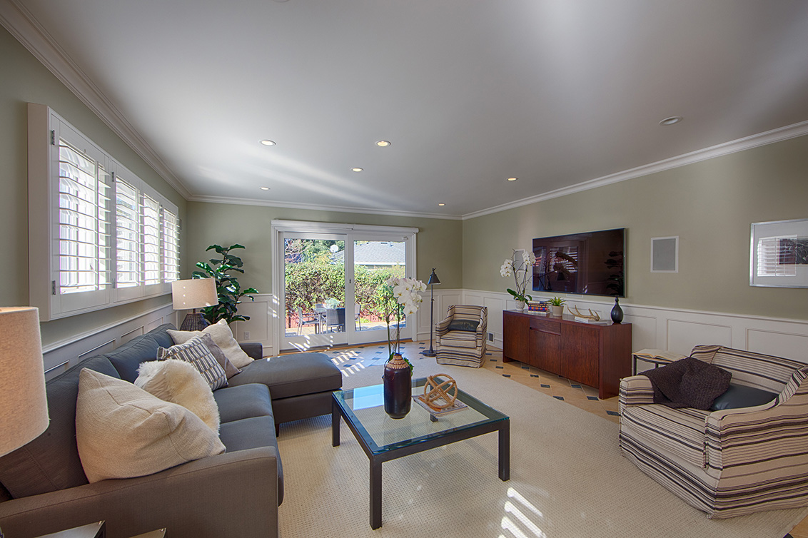 Family Room (A)