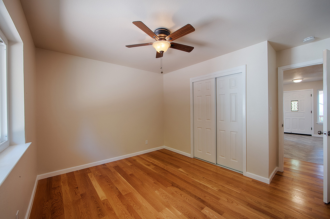 Bedroom 2 (B) - 13360 Montebello Rd