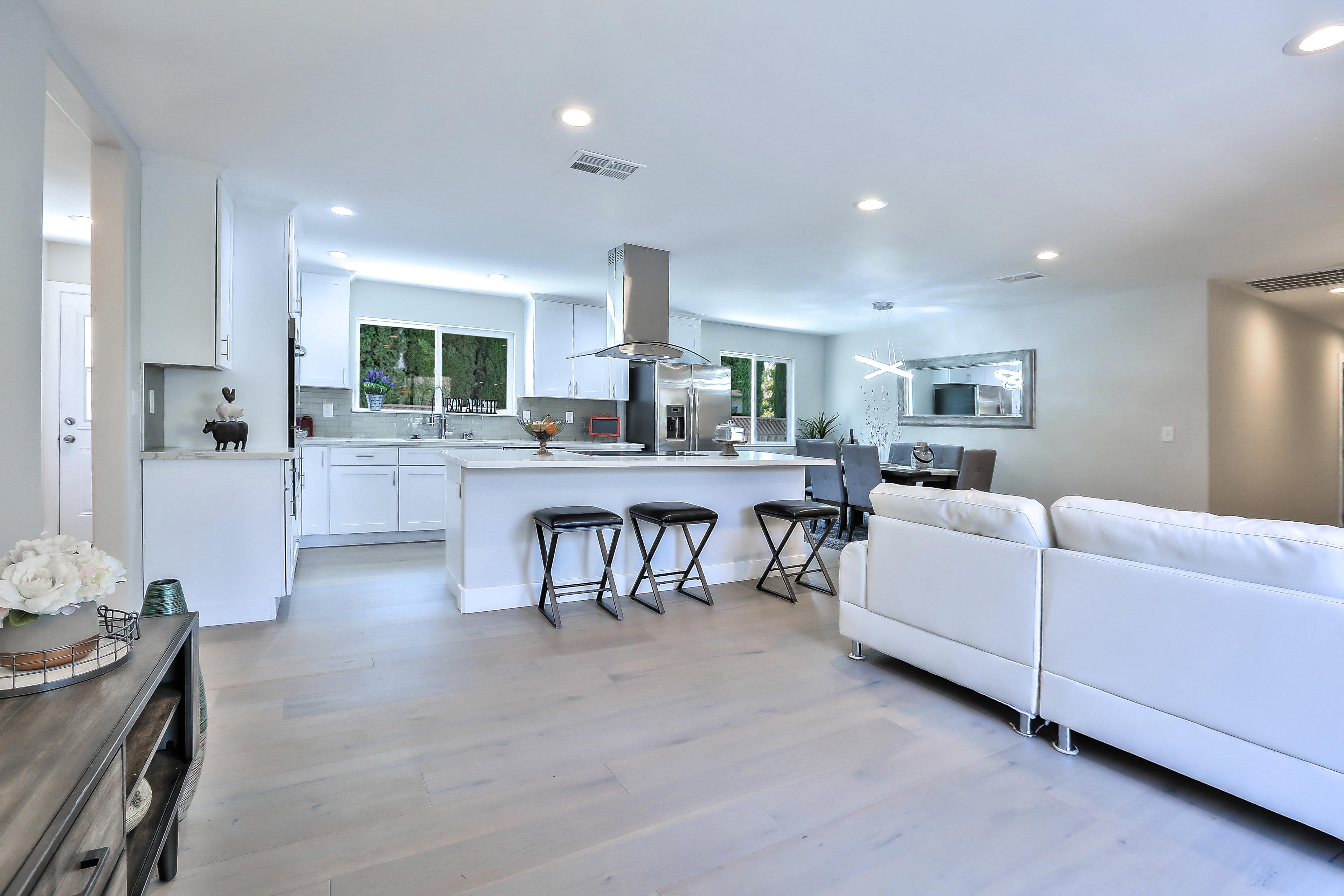 355 Morse Ave, Sunnyvale 94085 - Family Room (G)
