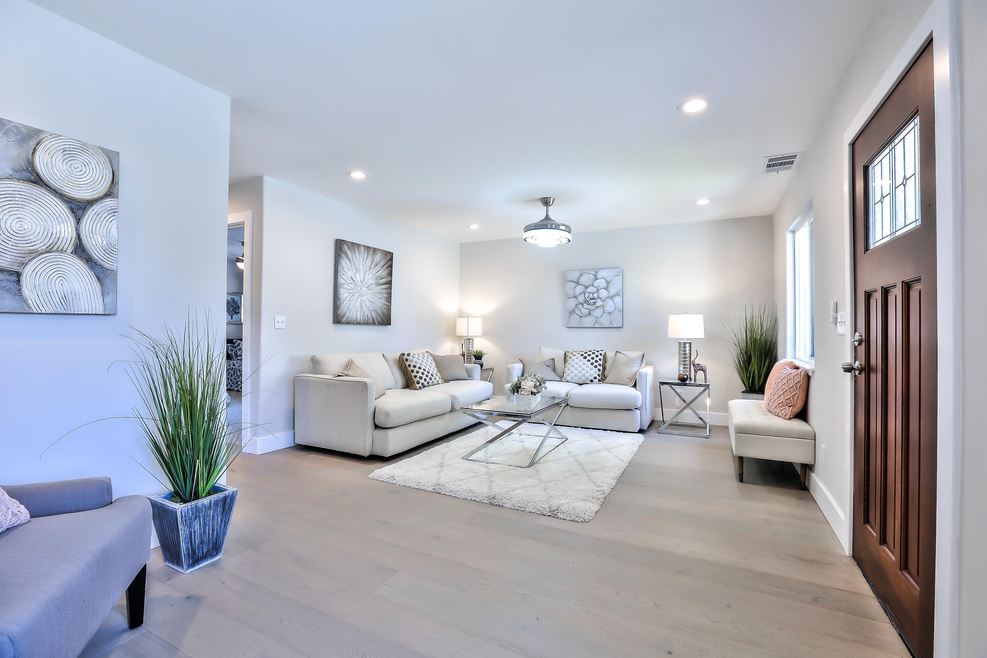 355 Morse Ave, Sunnyvale 94085 - Living Room (F)