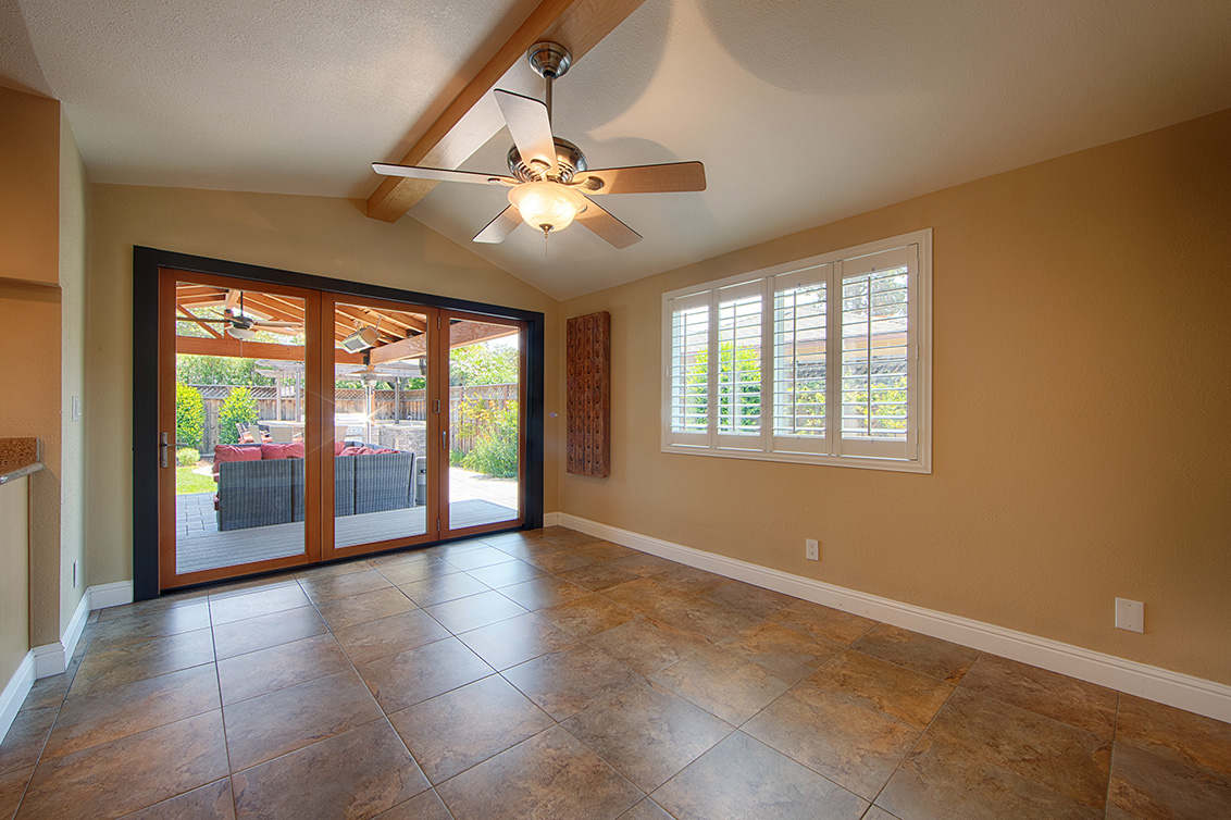 Dining Room (A) - 800 Mulberry Ln
