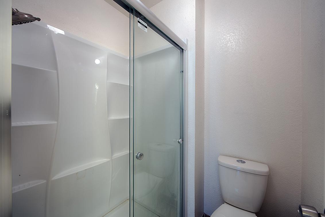 Master Bath (B) - 36871 Newark Blvd C