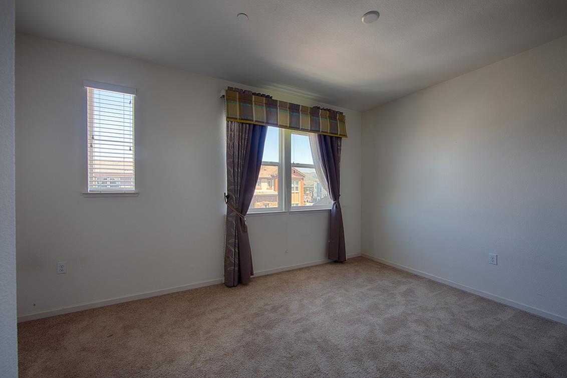 Master Bedroom (A) - 158 Newbury St