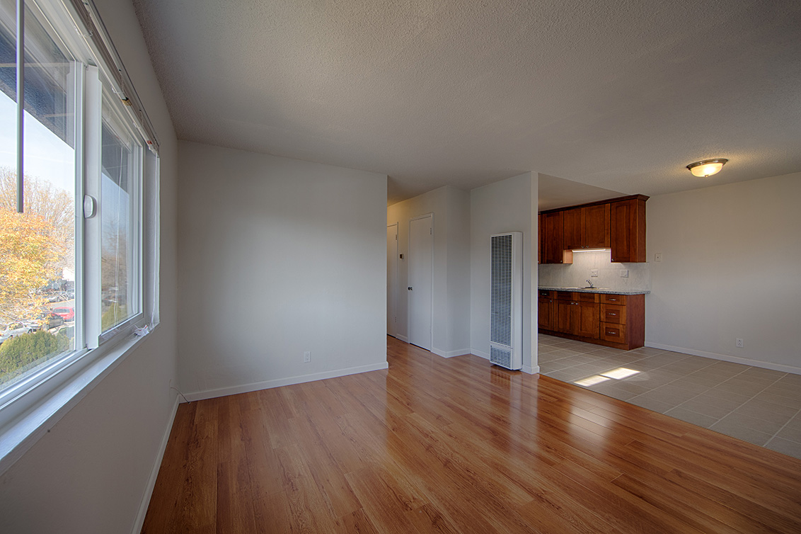 Unit 3 Living Room (C)