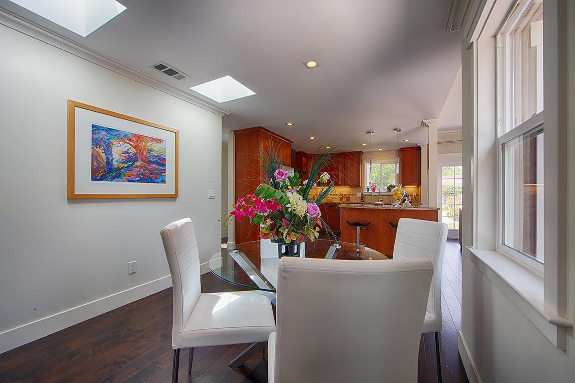 Dining Room (D)