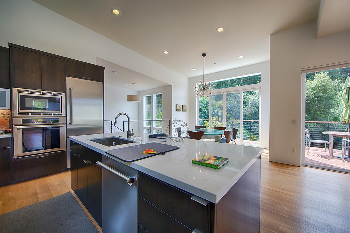 Kitchen (C) - 16860 Quarry Rd