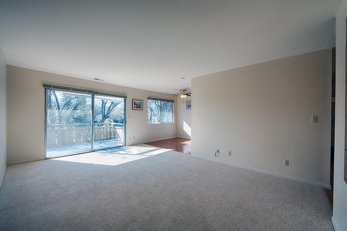 Living Room - 255 S Rengstorff Ave 134