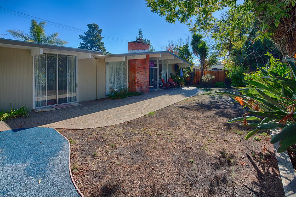 Backyard (C) - 1401 S Wolfe Rd