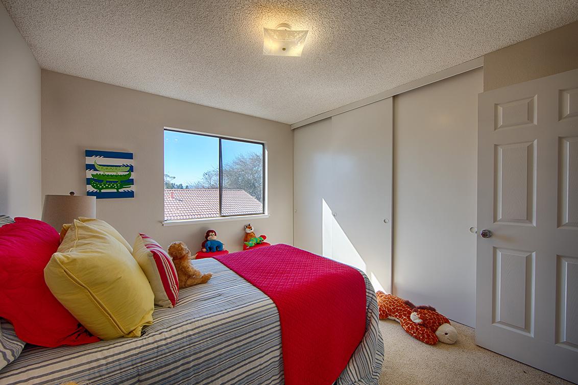 Bedroom 2 (B) - 4833 Scotia St
