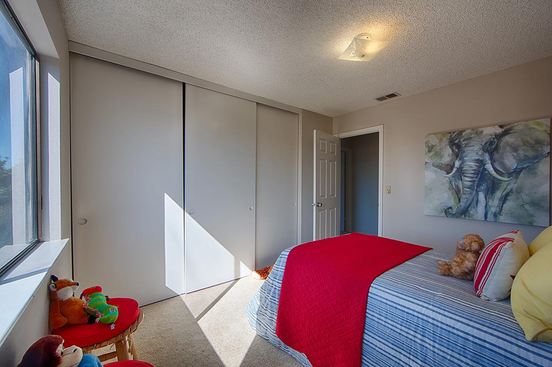 Bedroom 2 (C) - 4833 Scotia St