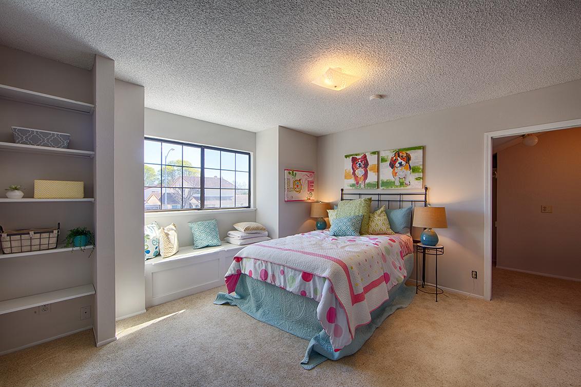 Bedroom 3 (A) - 4833 Scotia St