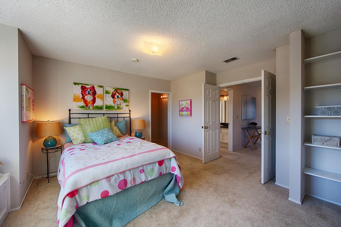 Bedroom 3 (D) - 4833 Scotia St