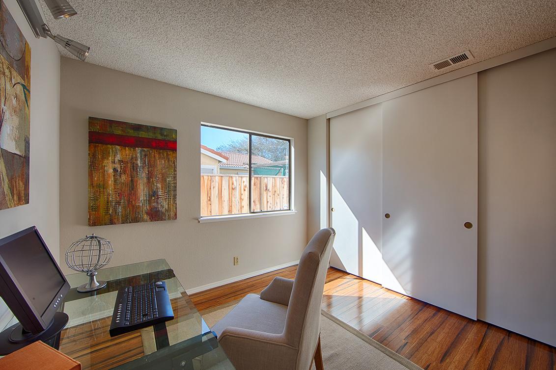 Bedroom 4 (B) - 4833 Scotia St