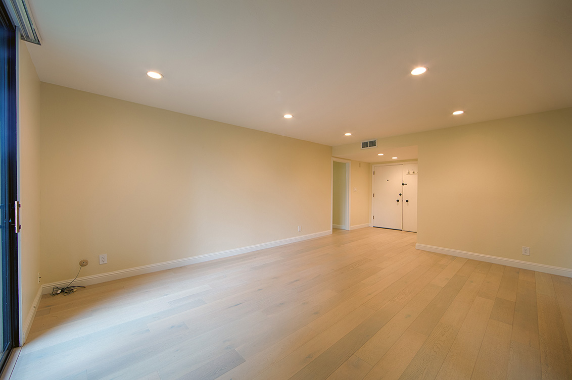Living Room - 1100 Sharon Park Dr 2