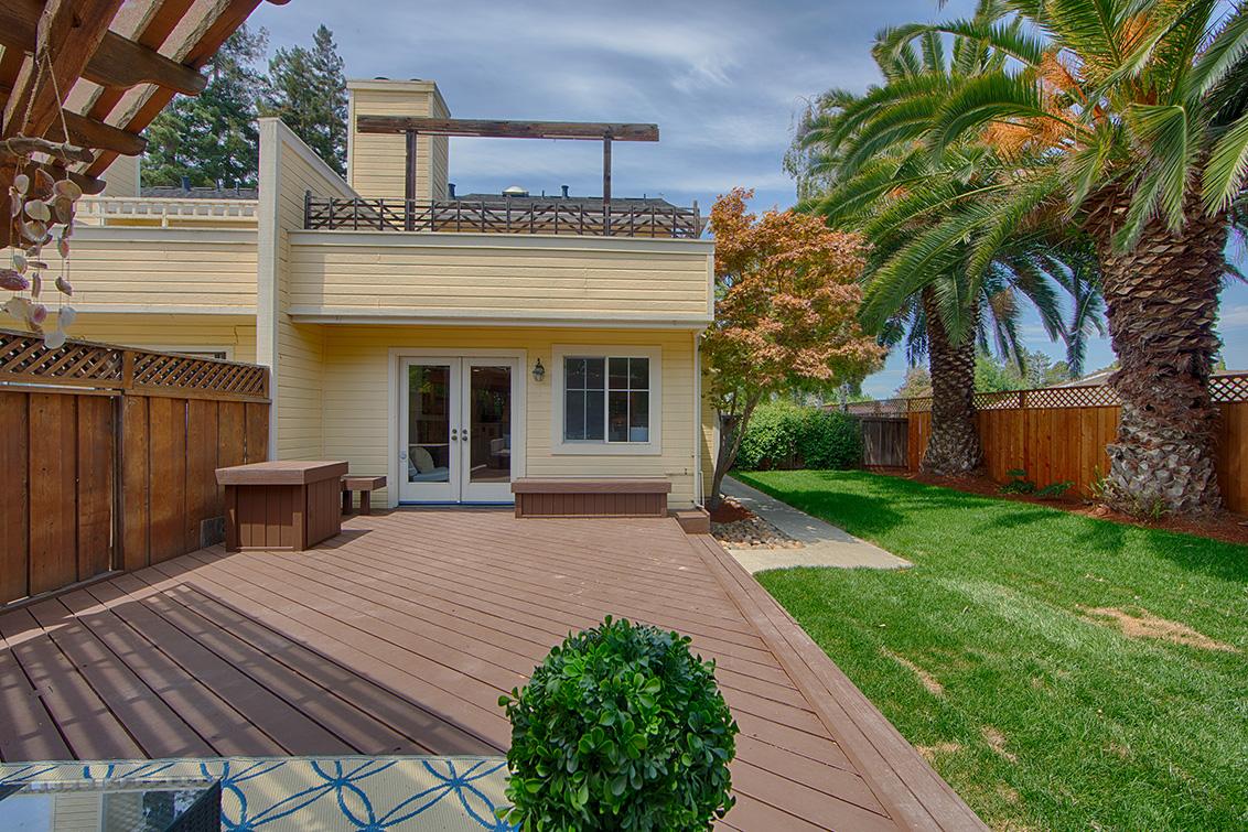 Backyard (B) - 271 Sierra Vista Ave 9
