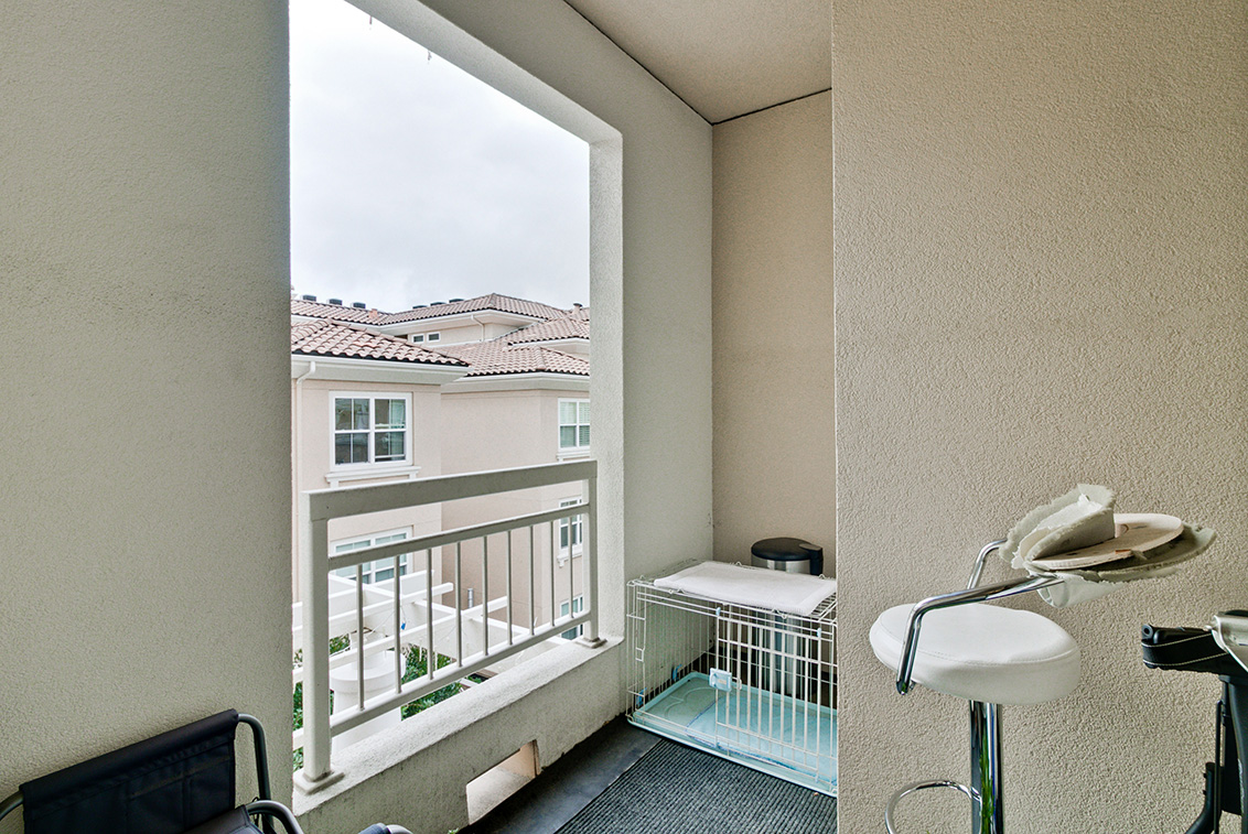 Balcony (A) - 20488 Stevens Creek Blvd 1401