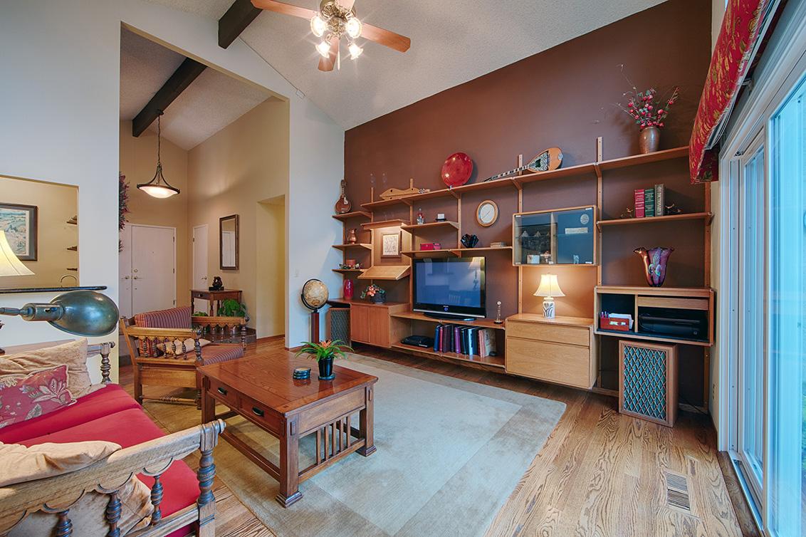 Family Room (D)