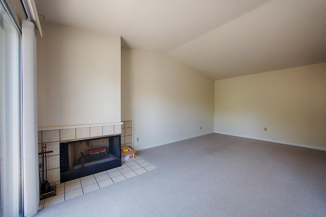 Living Room (B) - 3492 Wine Barrel Way