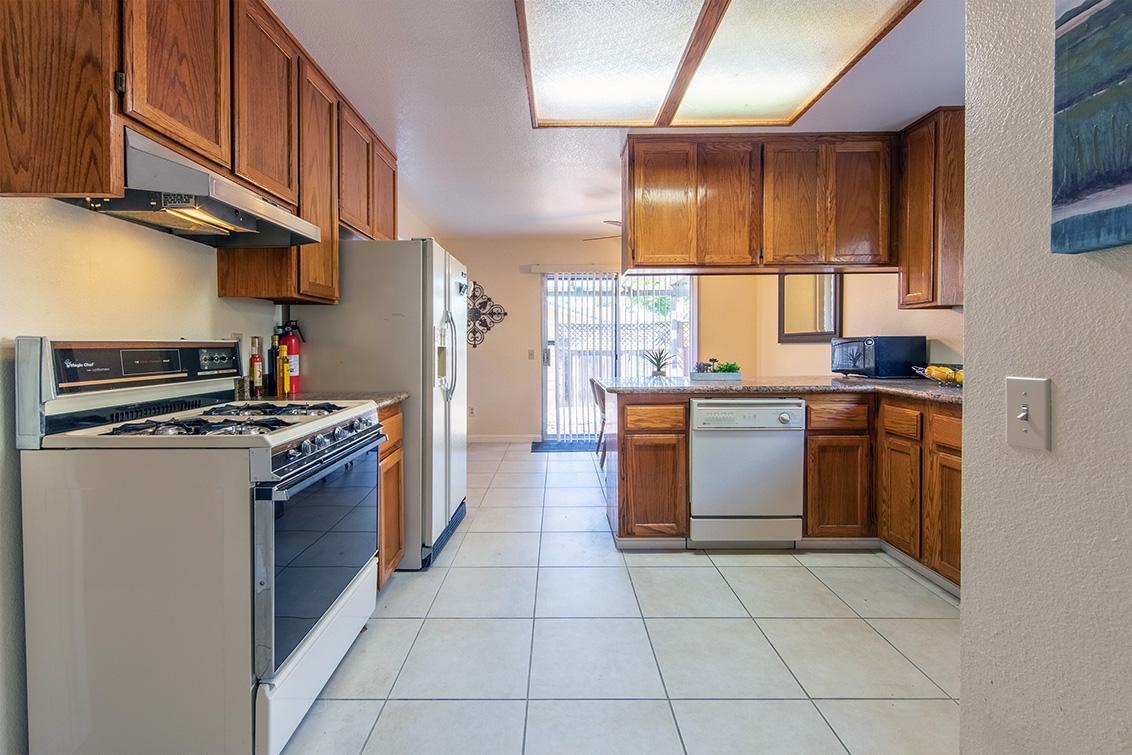Kitchen (B) - 37259 Ann Marie Ter