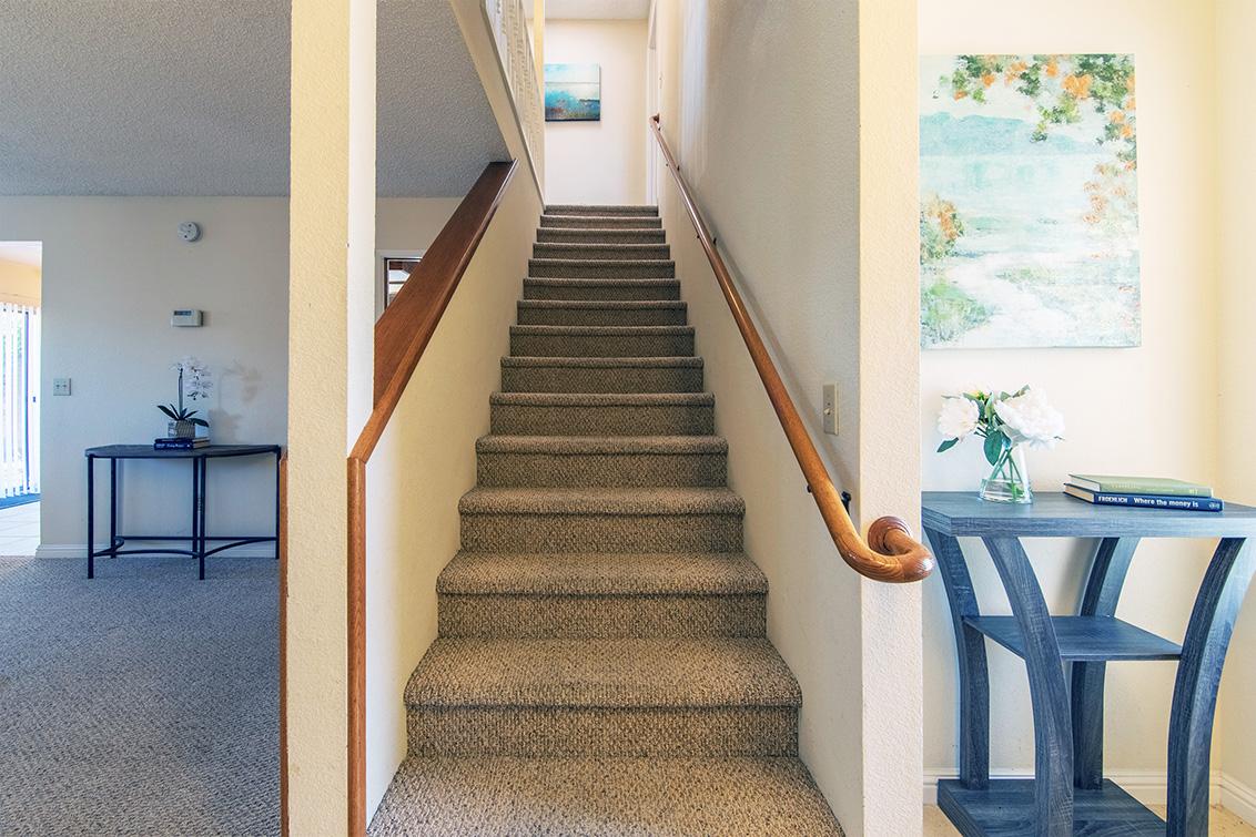 Stairs (A) - 37259 Ann Marie Ter