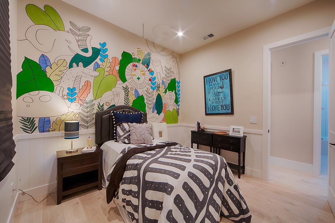 Bedroom 2 (D) - 513 Burgoyne St
