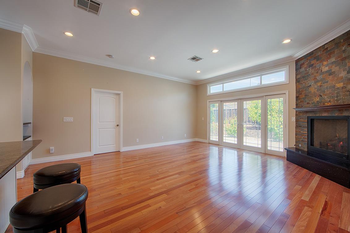 Living Room - 43264 Coit Ave
