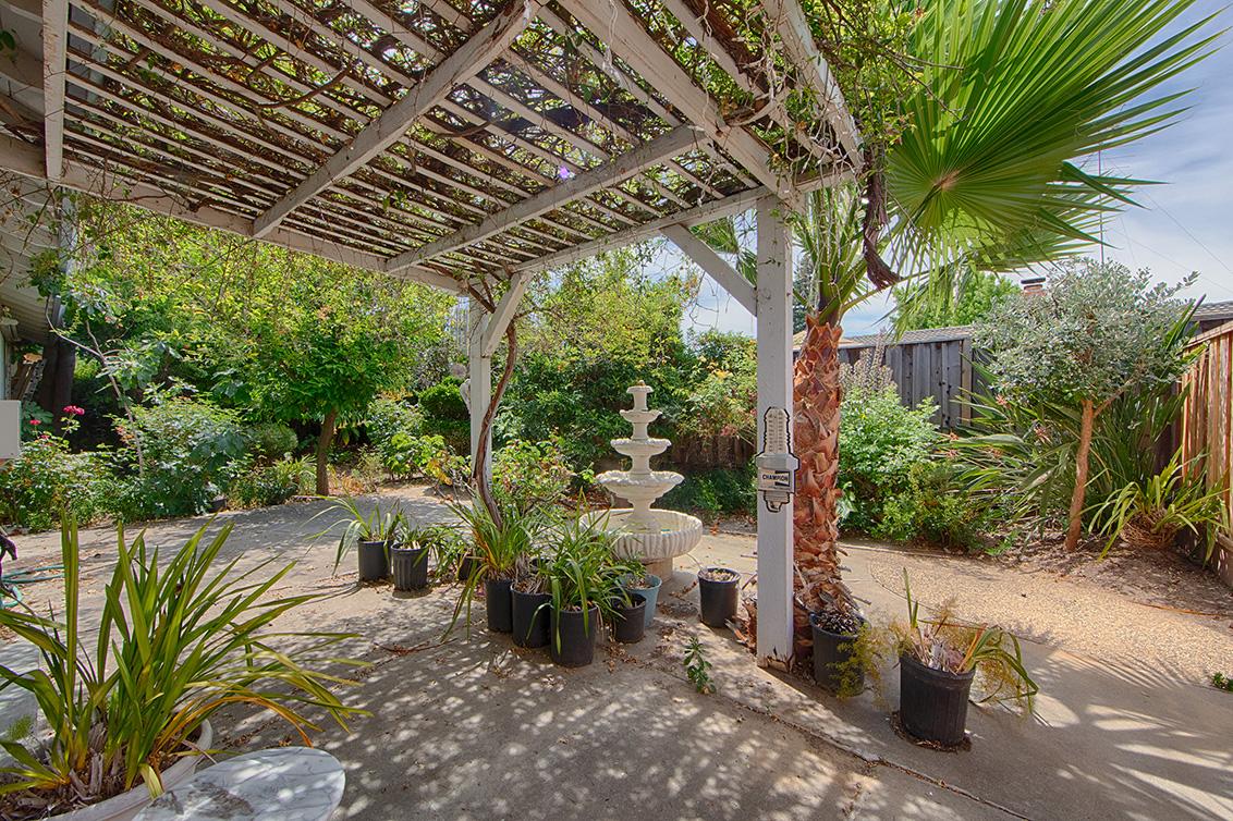 Backyard (B) - 4785 Corrales Dr
