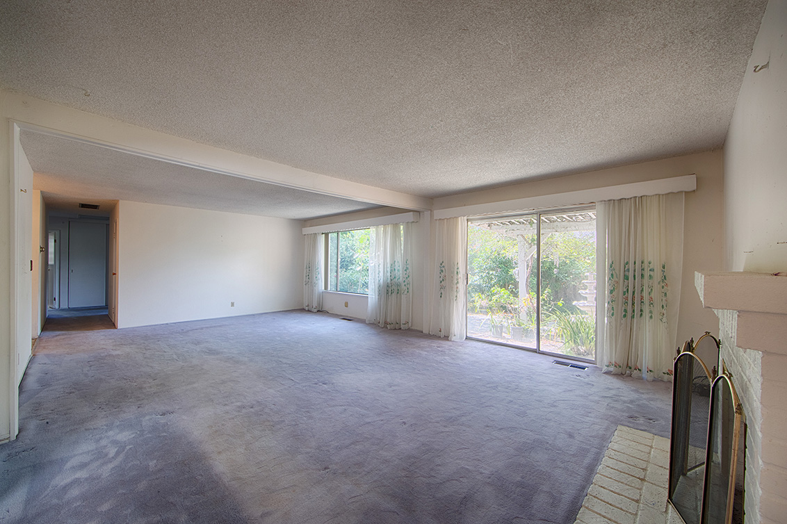 Living Room (D) - 4785 Corrales Dr