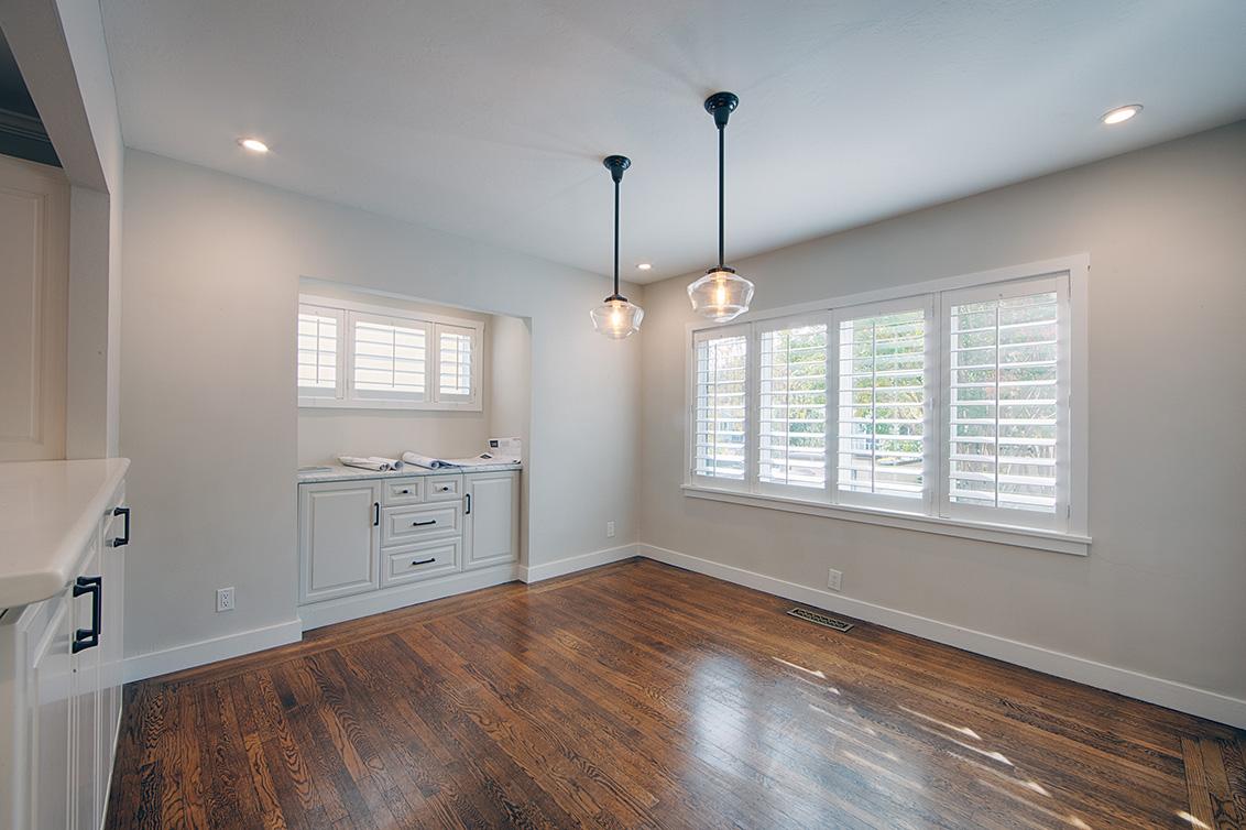 Living Room - 813 Covington Rd