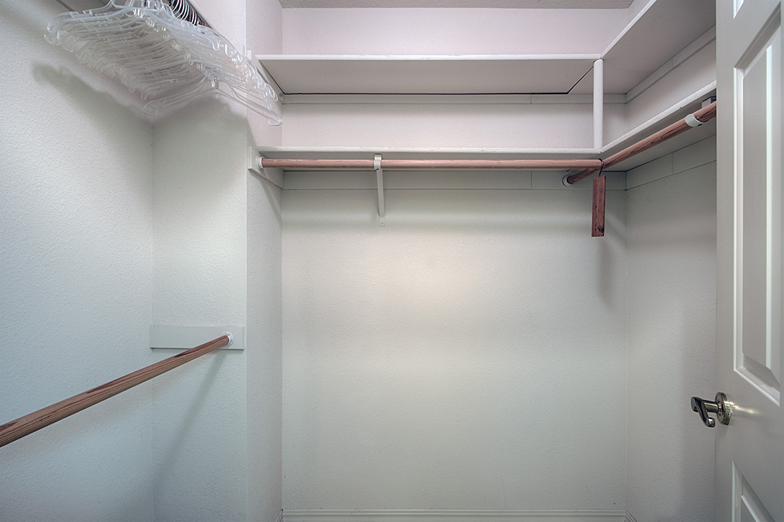 Master Closet (A) - 2119 Cuesta Dr