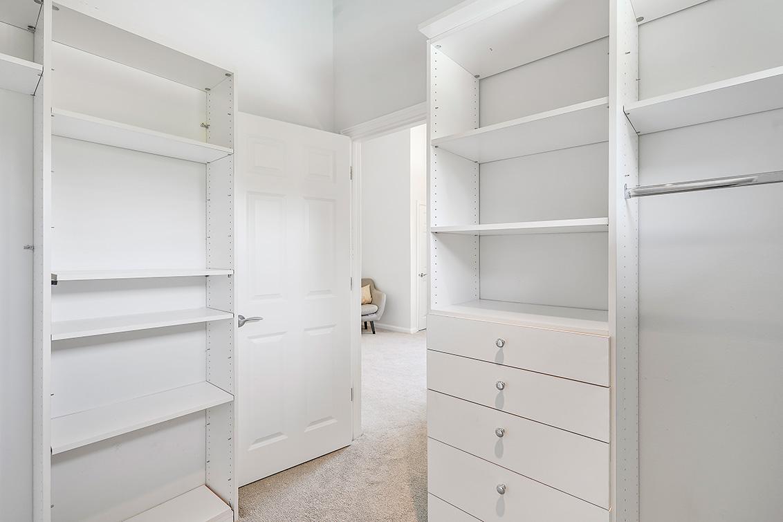 Cottage Closet (C)