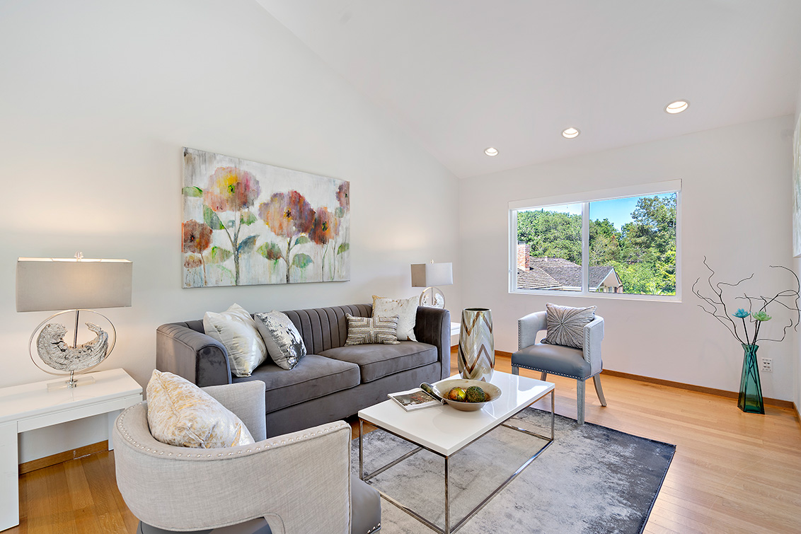 Cottage Living Room (F)