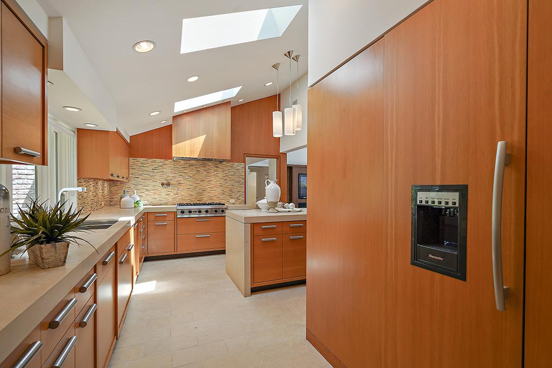 Kitchen (G)