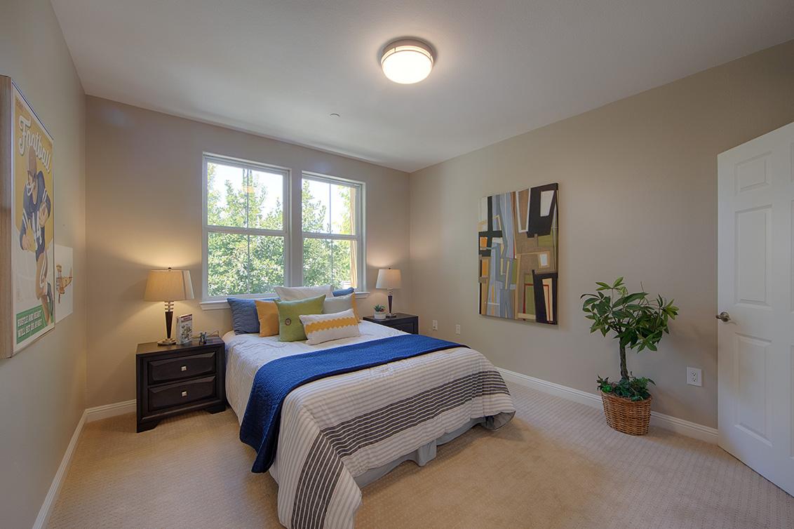 Bedroom 2 (A) - 2988 Grassina St 113