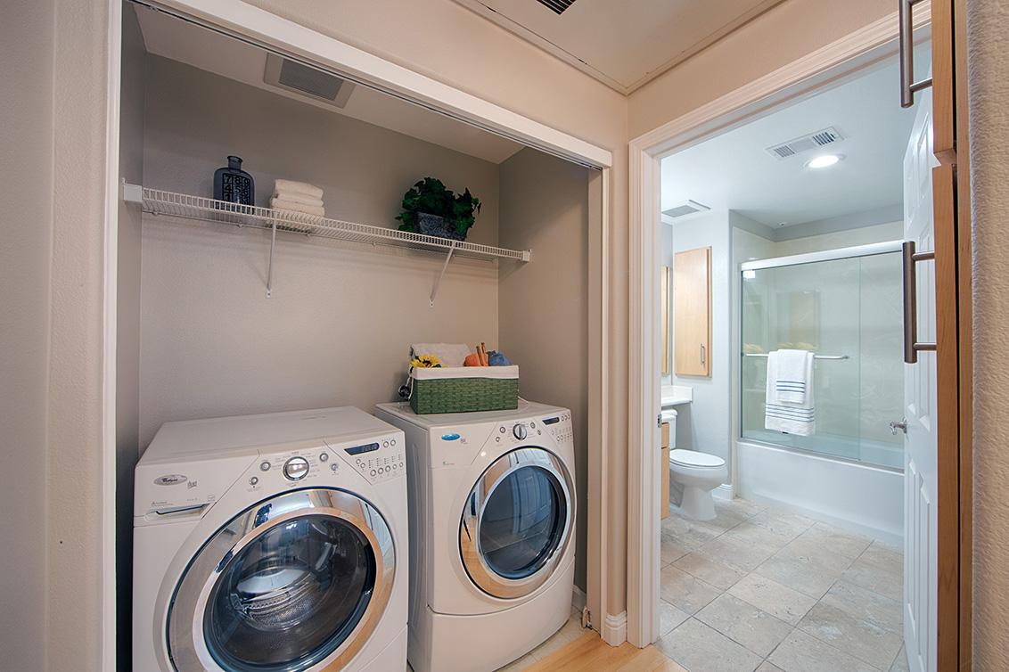Laundry (A) - 2988 Grassina St 113