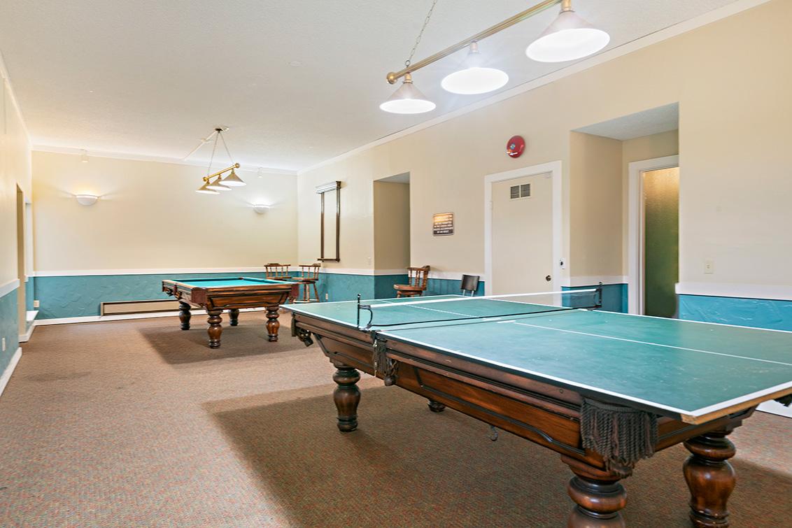 Club Room (A)