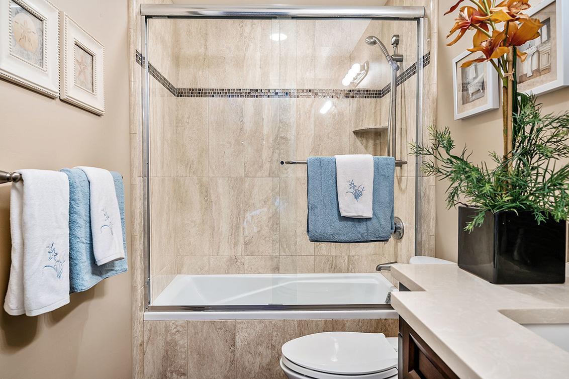 Bathroom 3 (C)