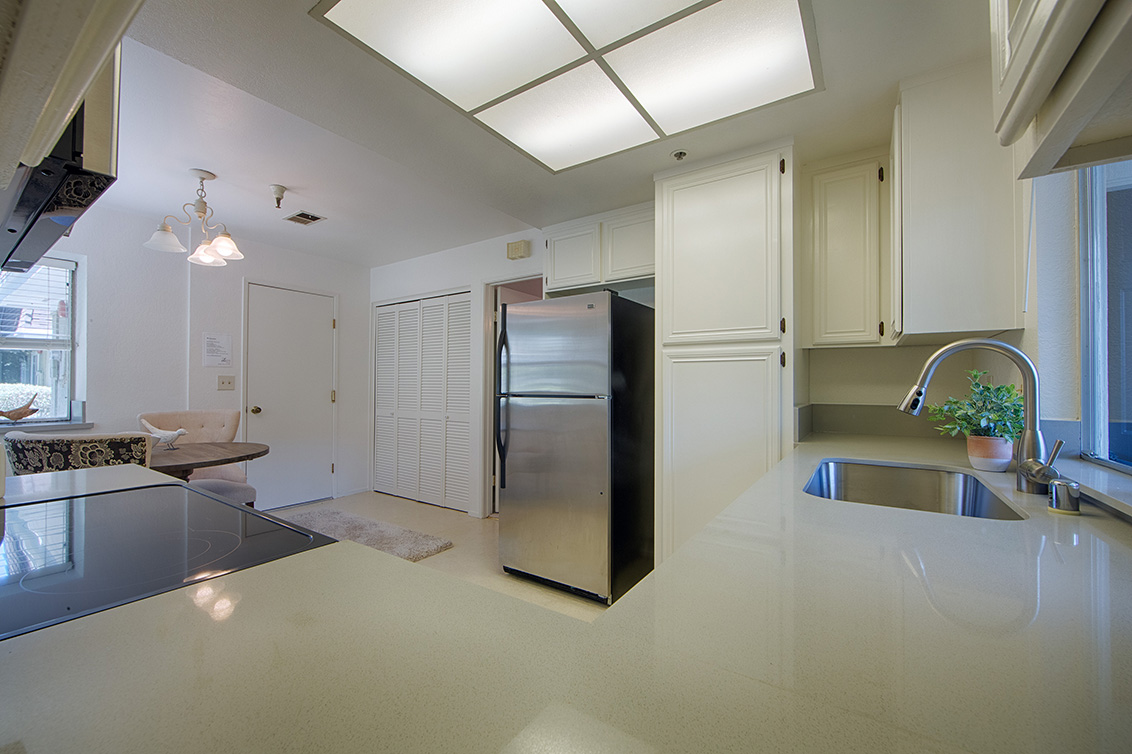 Kitchen (D) - 1459 Kentfield Ave