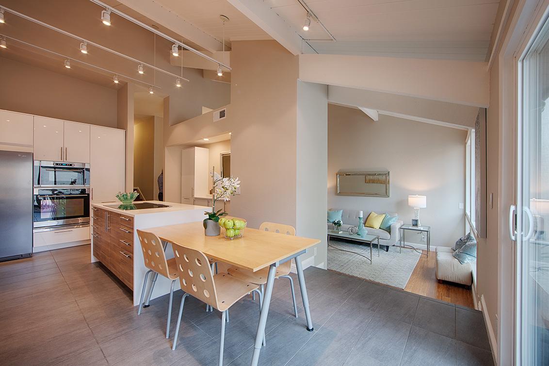 Breakfast Area (C)