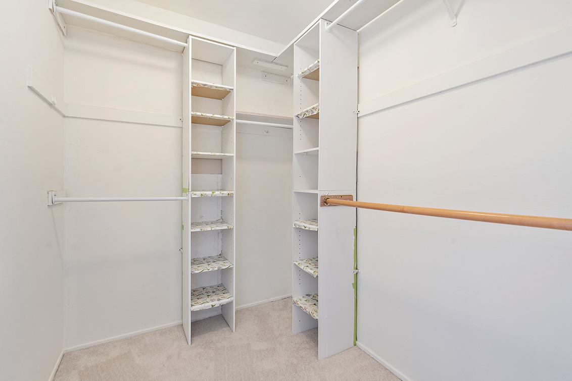 Master Closet (A) - 1481 Marlin Ave