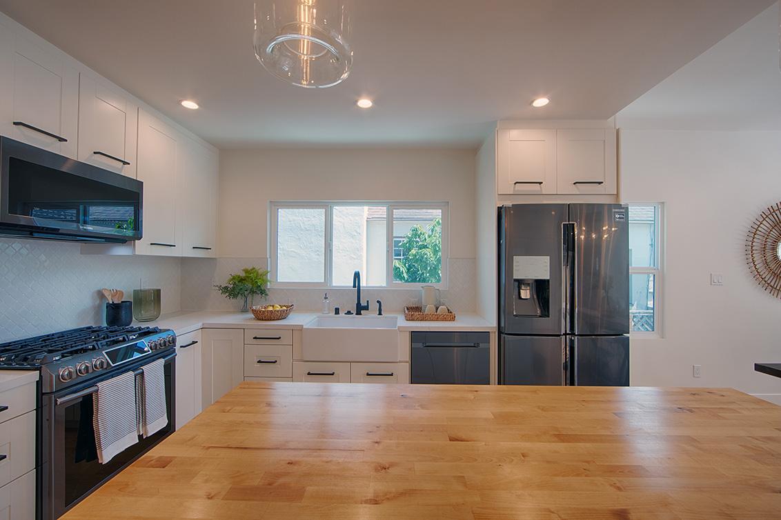 Kitchen (E) - 945 S Grant St