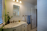 518 Scott Ave, Redwood City 94063 - Bathroom (B)