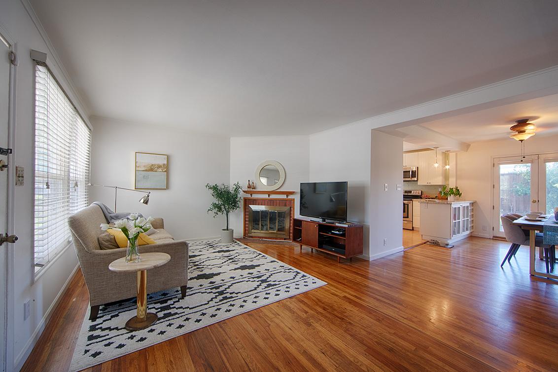 Living Room (A) - 518 Scott Ave