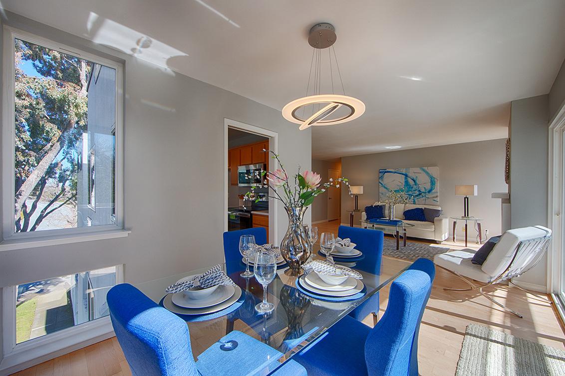 Dining Room (C) - 1017 Shell Blvd 12